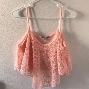 Peach 🍑 lace design high low crop top